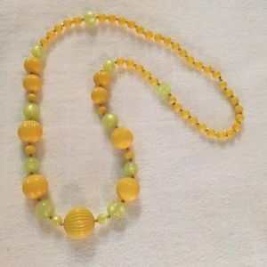 Vintage yellow and green long necklace